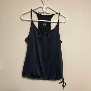 🌸 3/$20 Old Navy Active shirt